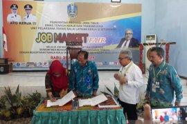 Disnakertrans Jatim gelar pameran bursa kerja di BLK Situbondo