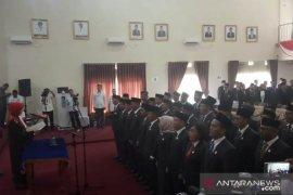 30 Anggota DPRD Pangkalpinang resmi dilantik