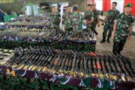 Senjata bekas konflik Aceh diserahkan warga