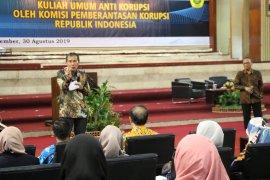 Di Unej, Pimpinan KPK bekali mahasiswa dengan sembilan nilai antikorupsi