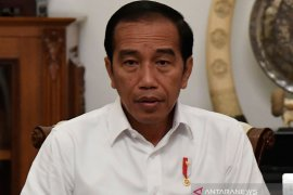 Habibie Wafat - Presiden Jokowi tiba di RSPAD Jakarta