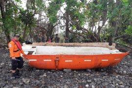 Basarnas: serpihan dan tumpahan minyak MV Nur Allya ditemukan