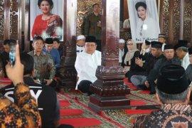 SBY jelaskan alasan memakamkan ibunda di TPU Tanah Kusir