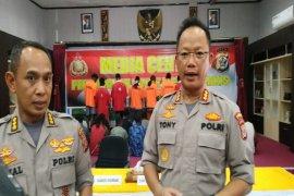 Tewasnya pendemo di Deiyai diduga terjadi setelah senpi TNI  dirampas
