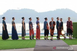 BI Sibolga sukses gelar fashion show berbahan ulos Harungguan