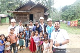 PLN UP3 Padangsidimpuan survei lisdes di Dolok Sordang