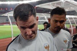 Tiga pemain timnas berlaga di luar negeri, Simon: Pengalaman penting hadapi Piala Dunia