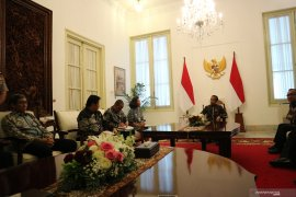 Presiden Jokowi minta pansel koreksi nama calon pimpinan KPK