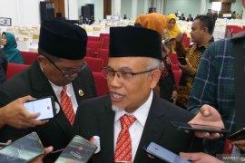 M Taufik dan Tetep Abdulatip jabat Pimpinan Sementara DPRD Jabar