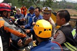 Kecelakaan beruntun Cipularang - Enam meninggal, 10 luka-luka