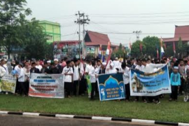 Bupati Sanggau lepas ribuan peserta pawai taaruf