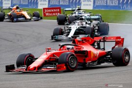 Diam-diam Vettel berjasa atas kemenangan  Leclerc di Spa