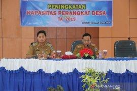Tingkatkan kapasitas perangkat desa Kecamatan Kandangan gelar pembekalan