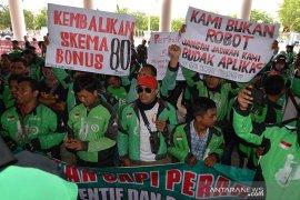 Gojek Aceh tuntut kembali bonus