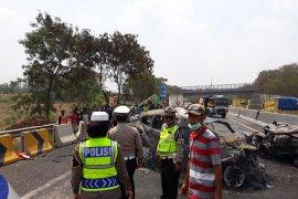 Kapolda sebut kecelakaan beruntun Cipularang akibat dump truk