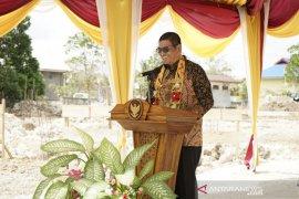 Bupati Malra dukung sikap Gubernur Maluku soal moratorium laut