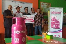 Pertamina beri gas gratis untuk pedagang Mie Bakso Imu di Garut