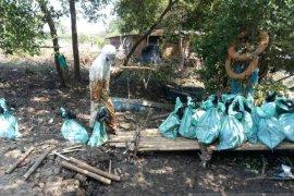 Pertamina bagikan kompensasi untuk nelayan Bekasi