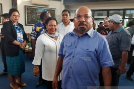 Gubernur Lukas Enembe apresiasi Kapolri dan Panglima TNI berkantor di Papua