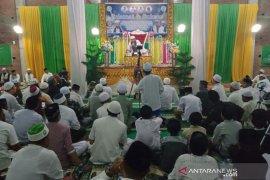 KH Luthfi Bashori Jawa Timur isi ceramah agama di Aceh Utara