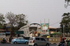 Akibat tawuran Manggarai, warga tutup JPO Jayakarta
