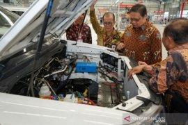 Pemerintah didorong berani  instruksikan pemakaian mobil Esemka