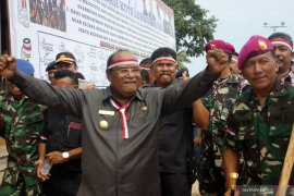 Govt should consider withrawing troops from Papua: analyst