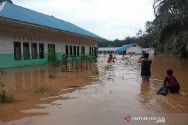 Banjir di Desa Sampuran, puluhan rumah warga terendam air