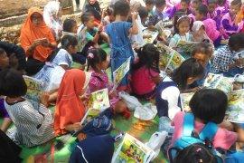 Peringatan Hari Aksara di Lampung Timur Page 3 Small
