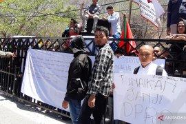 Mahasiswa minta DPRD Gorontalo prioritaskan masalah lingkungan