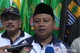 """Uu Ruzhanul tak masalah dianggap """"ban serep"""" Ridwan Kamil"""