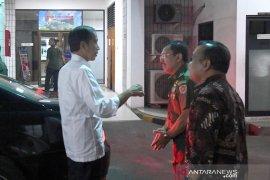 Jokowi jenguk BJ. Habibie di RSPAD