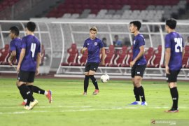 Duel 'panas' lini tengah Indonesia versus Thailand