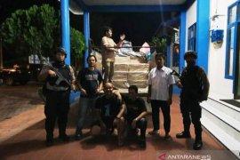 Polisi gagalkan peredaran 200 ribu batang rokok ilegal di  Simeulue
