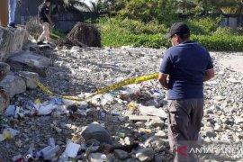 Polisi selidiki temuan mayat bayi di pantai Wayame