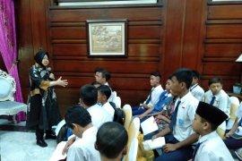 Risma motivasi 48 anak terjaring razia Satpol PP