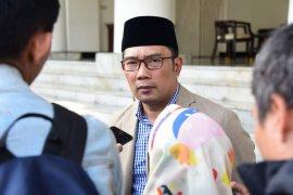 Gubernur Jawa Barat ingin sematkan nama BJ Habibie pada bangunan monumental