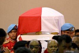 Presiden Jokowi pimpian upacara pemakaman BJ Habibie