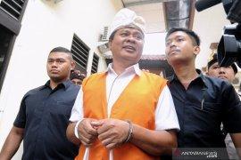 Mantan Wagub Bali didakwa terlibat pencucian uang