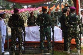 BJ Habibie, Presiden RI pertama yang dimakamkan di TMP Kalibata Jaksel