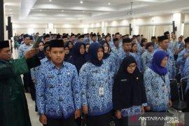 Ribuan PNS Kaltim Ikuti Sumpah/Janji dan Terima SK Kenaikan Pangkat