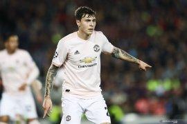 Manchester United menawarkan Lindelof kontrak baru hingga 2025