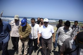 Wagub Jabar: Abrasi Pesisir Pantai Desa Citotok Pangandaran mengkhawatirkan
