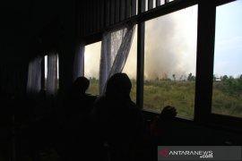 Kebakaran Lahan Mendekati Sekolah