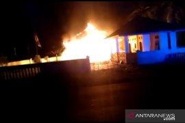 Polisi Mukomuko selidiki penyebab kebakaran kantor Desa Lubuk Gedang