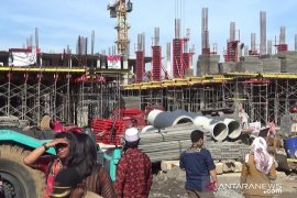 Wakil Wali Kota Sukabumi minta kontraktor percepat pembangunan pasar semimodern