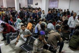 Ribuan pelanggar terjaring Operasi Patuh antre di Kejari Sidoarjo