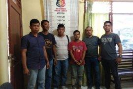 Polisi Padang Tualang Langkat tangkap pemilik narkotika dari areal perkebunan sawit