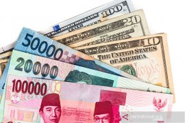 Rupiah continues to depreciate against US dollar