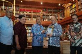 BJ Habibie digelari Bapak Kemerdekaan Pers Indonesia - Ilham Habibie: hoaks itu tantangan medsos